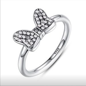 Disney Minnie Bow Ring with Crystals